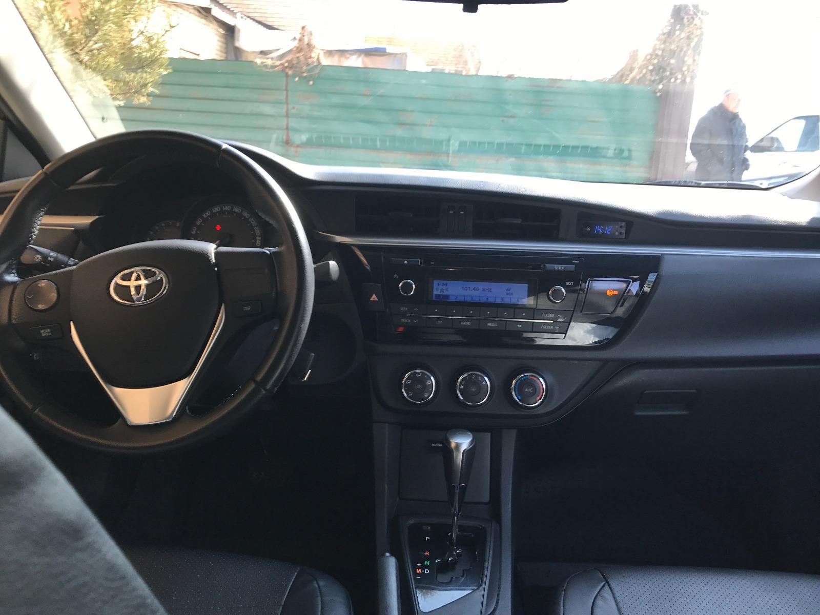 Toyota Corolla Black