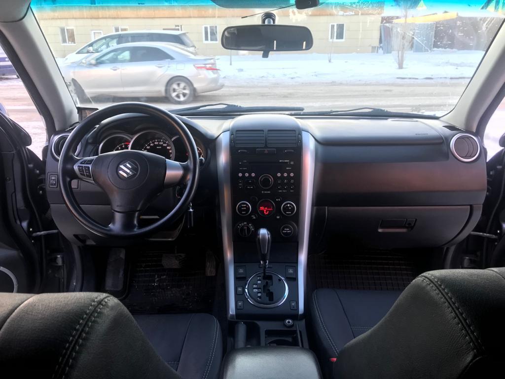 Suzuki GRAND VITARA 675